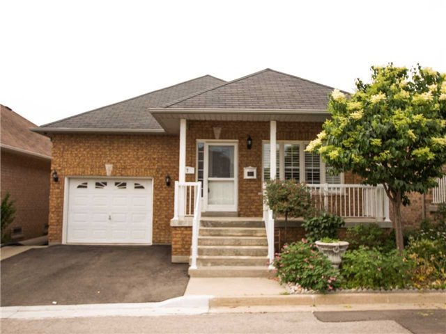 Sold: 7 Amalfi Court, Vaughan, ON