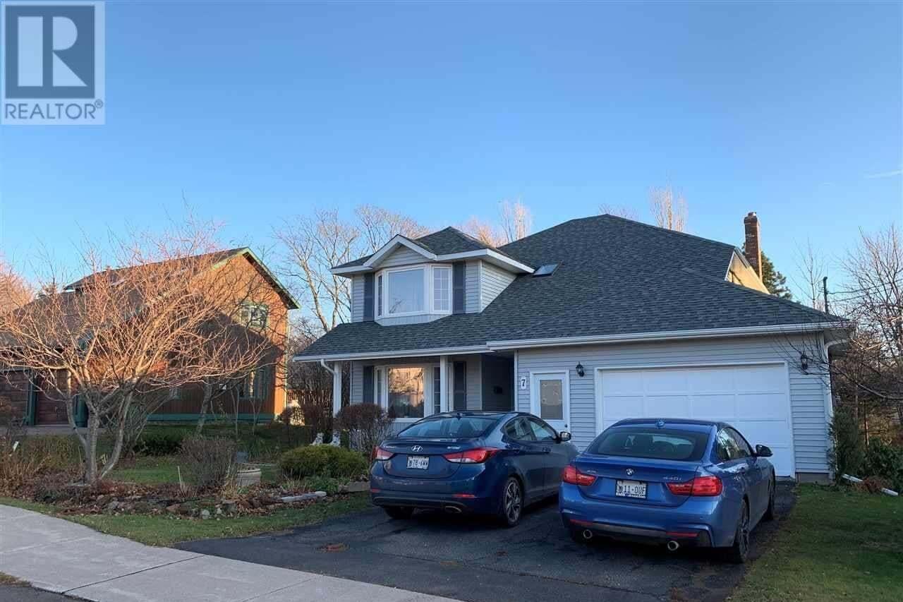 House for sale at 7 Ash Dr. Sherwood Prince Edward Island - MLS: 202010318