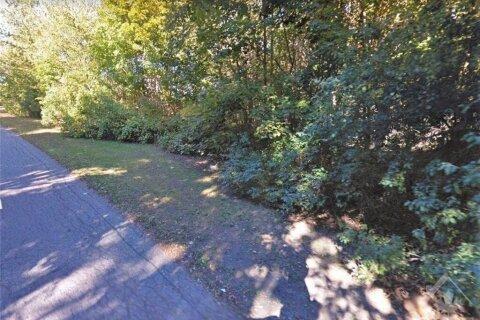 Home for sale at 7 Beckenham Lane Rd Ottawa Ontario - MLS: 1197954