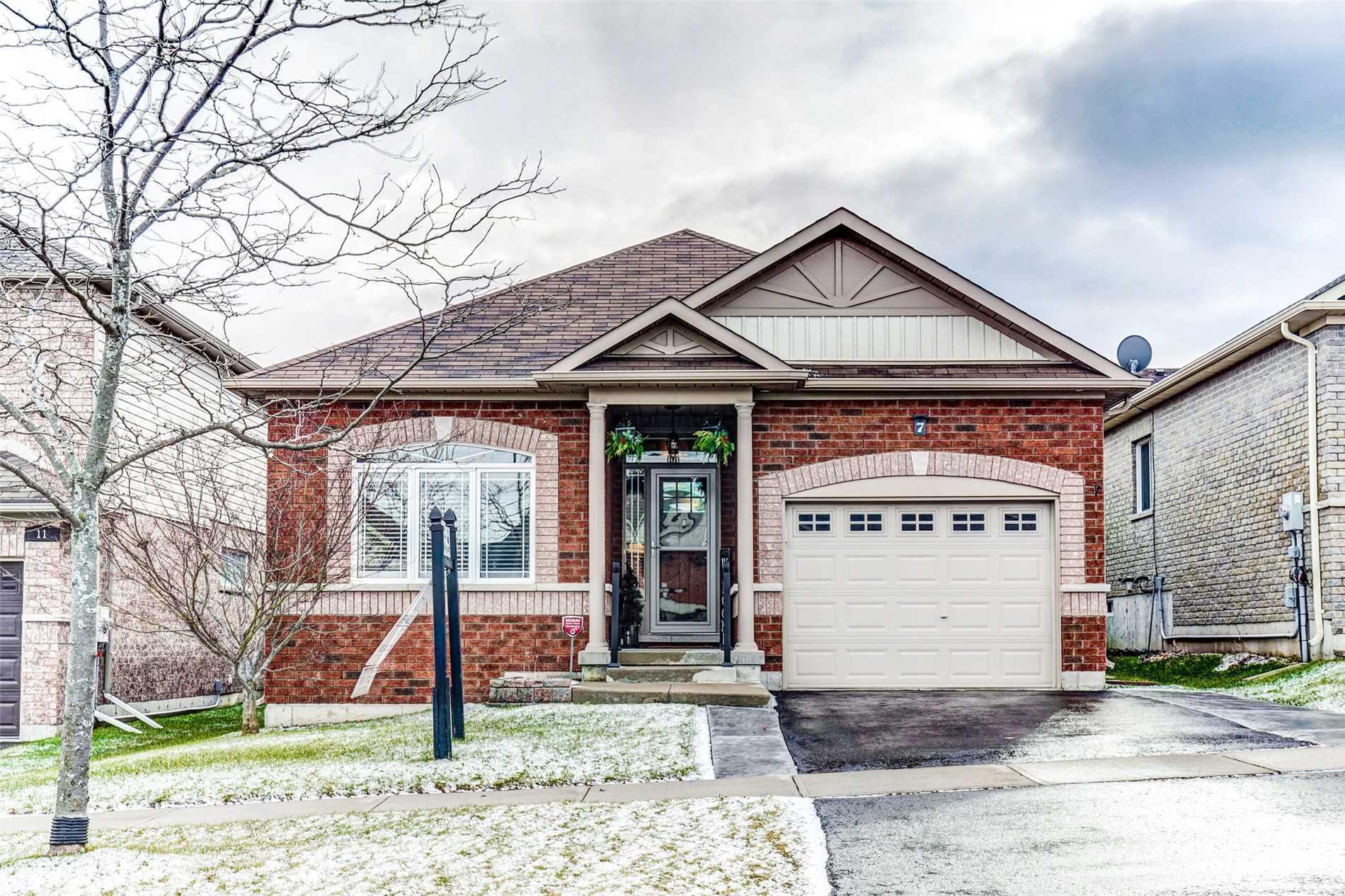 House for sale at 7 Bingham Gate Clarington Ontario - MLS: E4333966