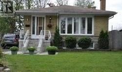 House for sale at 7 Chancellor Dr Toronto Ontario - MLS: E4434910