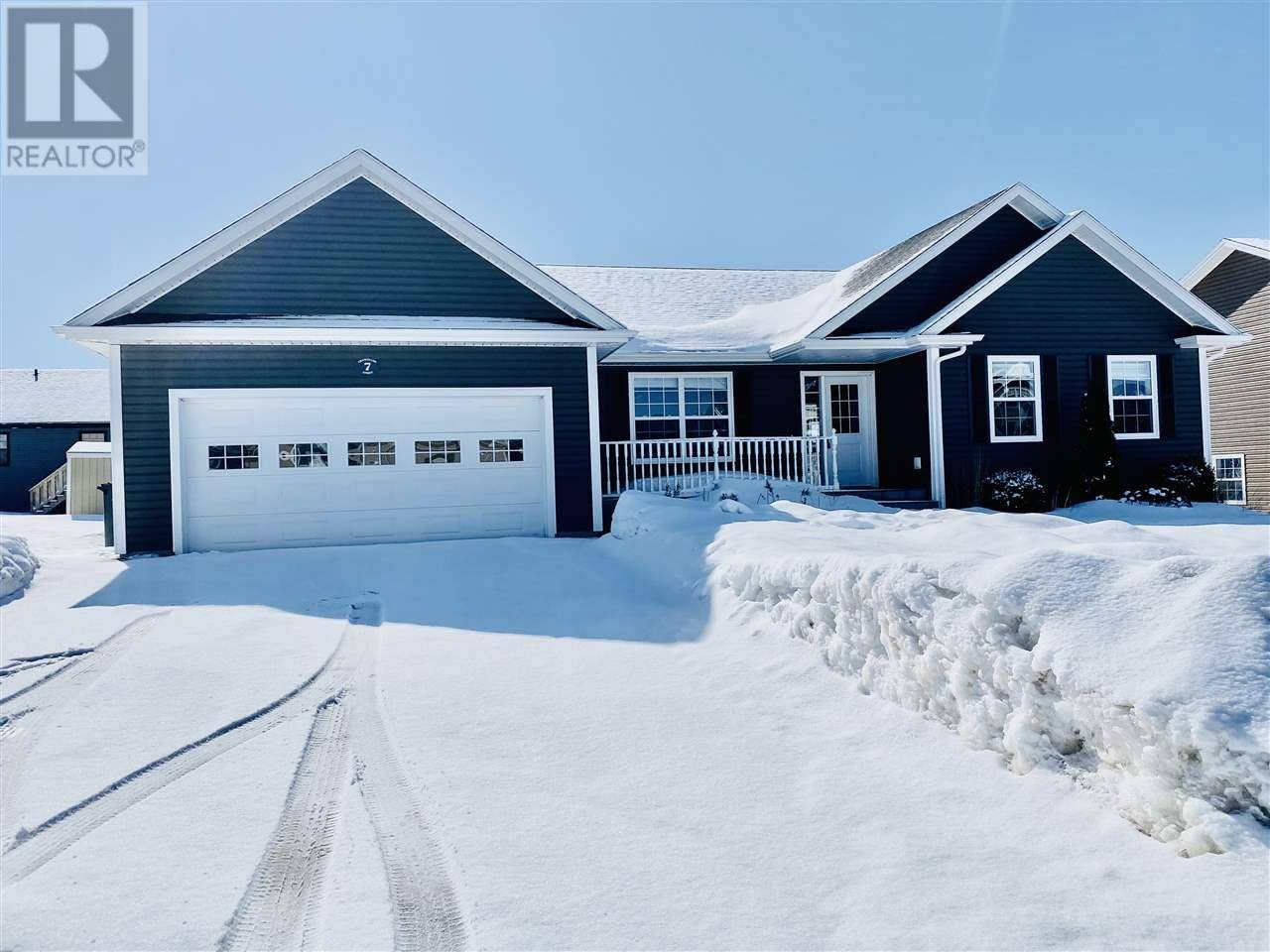 House for sale at 7 Chancellor St West Royalty Prince Edward Island - MLS: 202005150