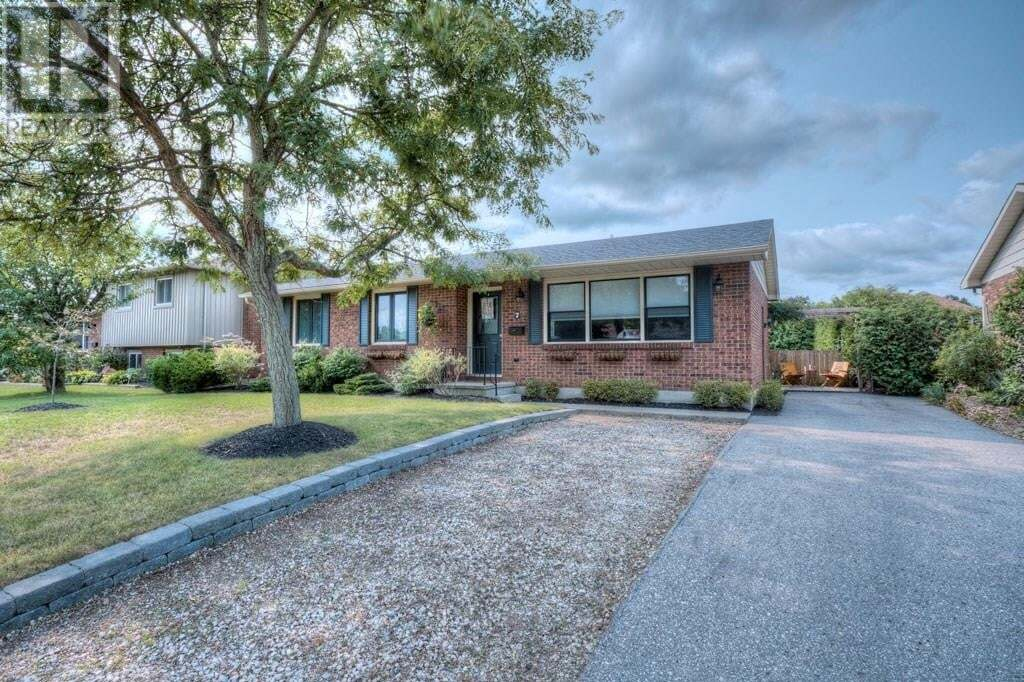 House for sale at 7 Clear Valley Dr Tillsonburg Ontario - MLS: K20005428