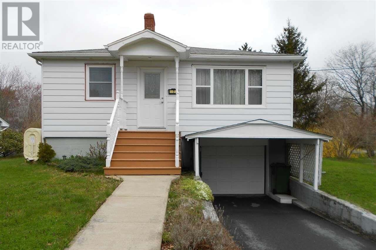 House for sale at 7 Colindale St Halifax Nova Scotia - MLS: 202007646