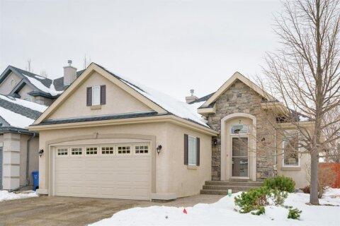 House for sale at 7 Cranleigh Common SE Calgary Alberta - MLS: A1055471
