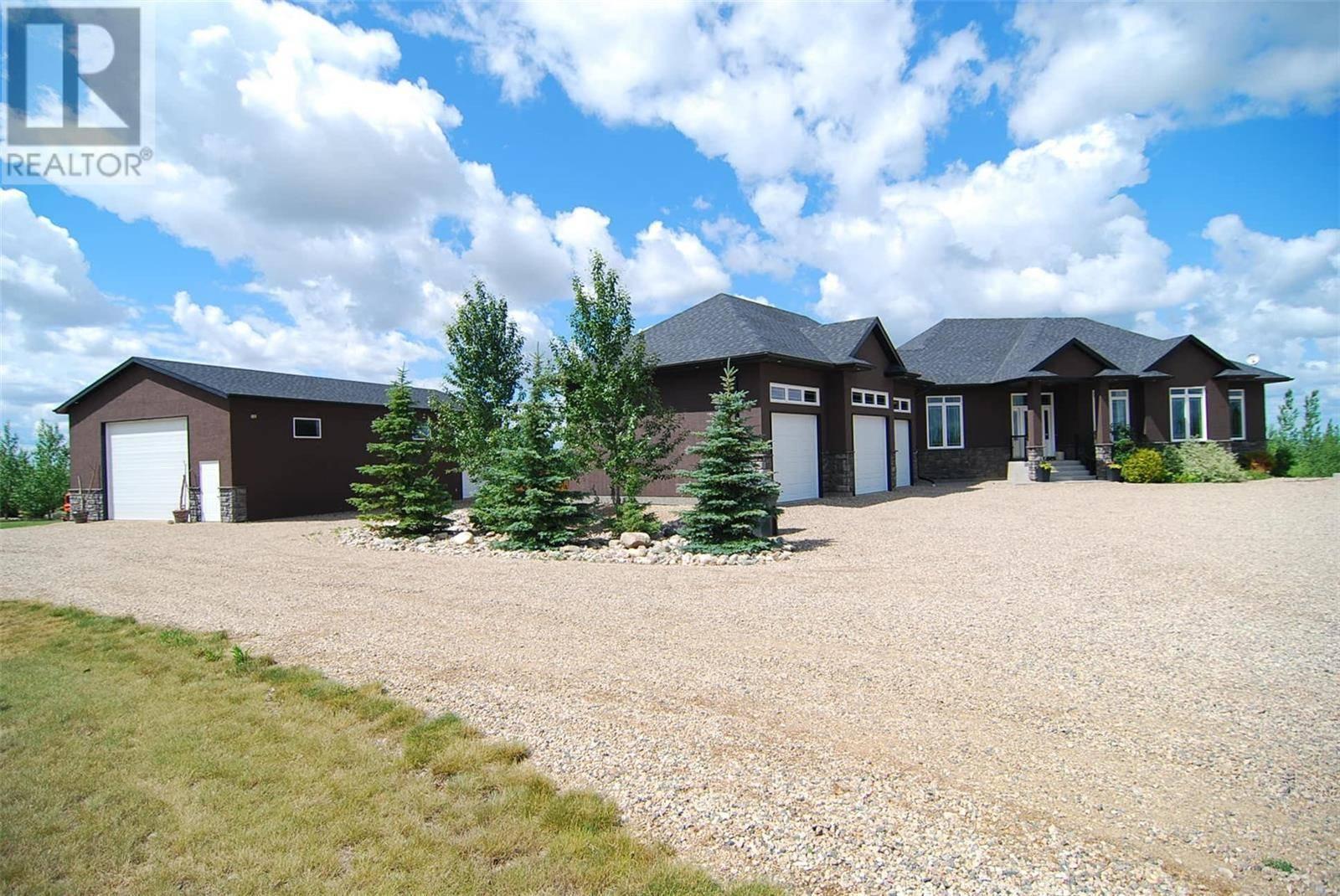 House for sale at 7 Deer Run Vw Aberdeen Rm No. 373 Saskatchewan - MLS: SK777161