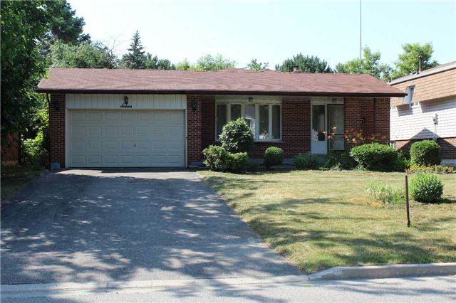 Sold: 7 Flemington Court, Whitby, ON