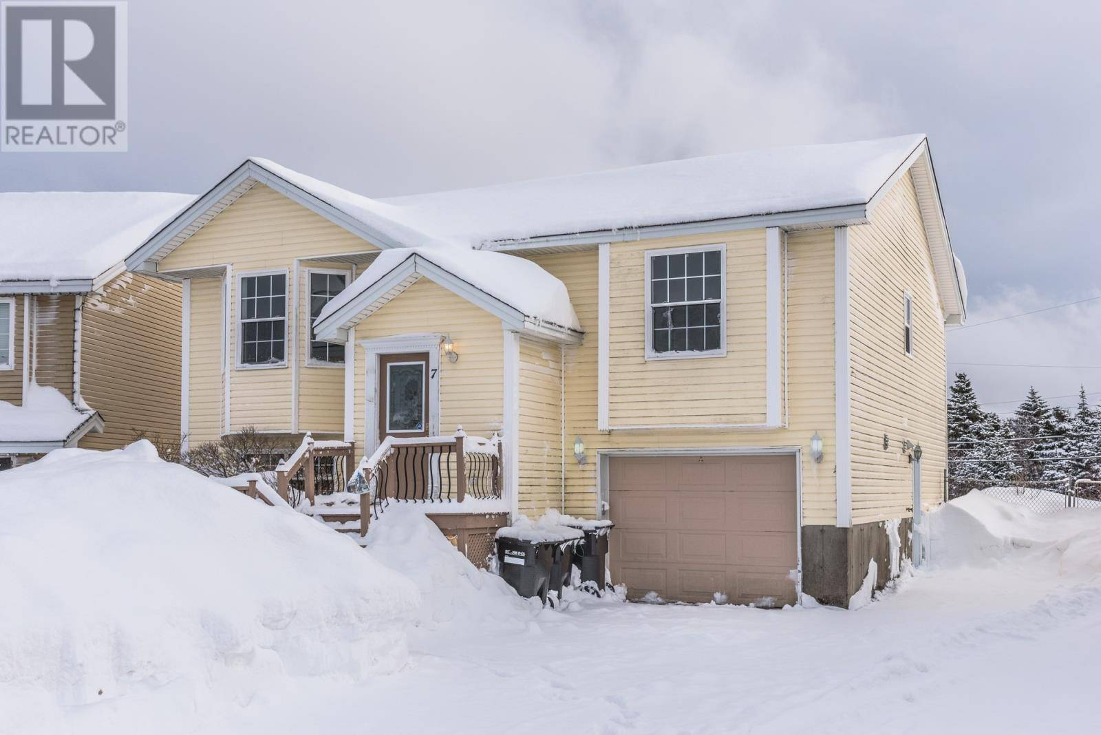 House for sale at 7 Gairlock St St. John's Newfoundland - MLS: 1209334