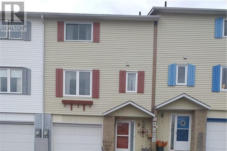 Townhouse for sale at 7 Gauthier Pl Elliot Lake Ontario - MLS: 2090411