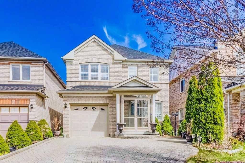 House for sale at 7 Glacier Cres Toronto Ontario - MLS: E4421736