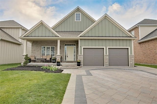 For Sale: 7 Gossen Drive, Niagara On The Lake, ON   2 Bed, 3 Bath House for $999,900. See 20 photos!
