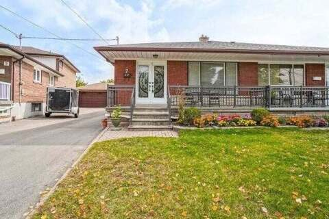 Townhouse for sale at 7 Grampian Cres Toronto Ontario - MLS: W4924646