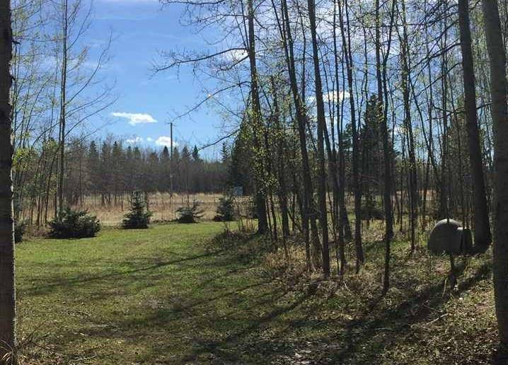 Residential property for sale at 7 Hauser's Cove Rural Wetaskiwin County Alberta - MLS: E4192451