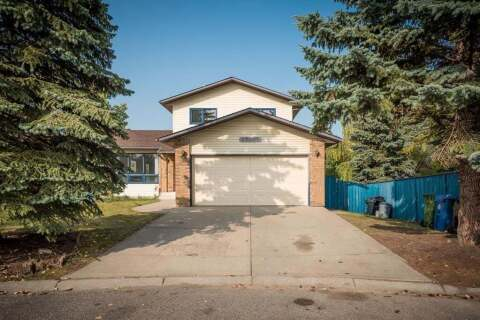 House for sale at 7 Hawkslow Pl NW Calgary Alberta - MLS: A1033671