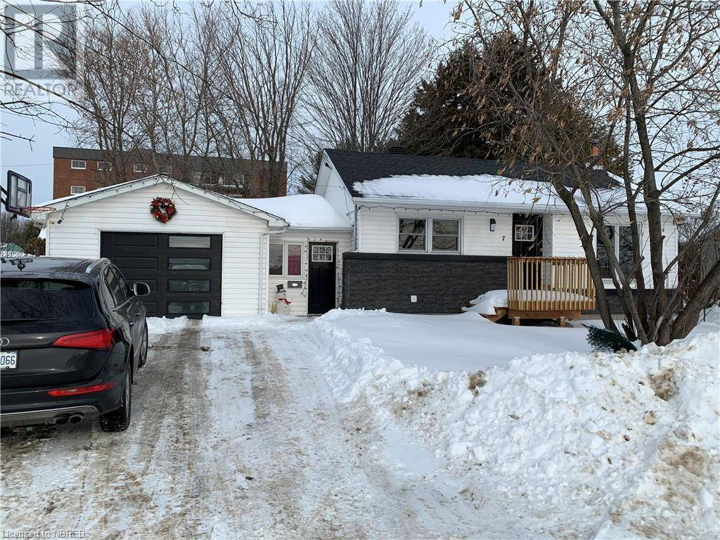 House for sale at 7 Johnston Rd North Bay Ontario - MLS: 241693