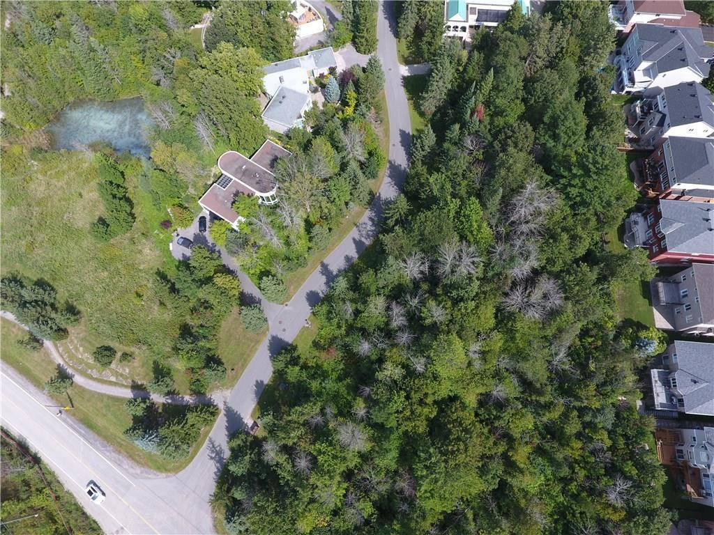 Residential property for sale at 7 Kanata Rockeries Pt Ottawa Ontario - MLS: 1149745