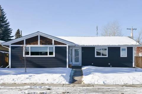 House for sale at 7 Lake Patricia Pl Southeast Calgary Alberta - MLS: C4282944