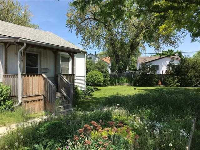 For Sale: 7 Lancaster Avenue, St Catharines, ON | 1 Bed, 1 Bath House for $249,900. See 4 photos!