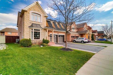 House for sale at 7 Lanebrook Dr Brampton Ontario - MLS: W4998168
