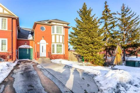 Townhouse for sale at 7 Lofty Pines Pl Brampton Ontario - MLS: W4383447
