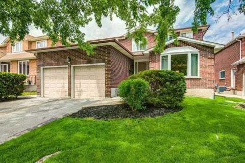 House for sale at 7 Martin St Oakville Ontario - MLS: W4781495