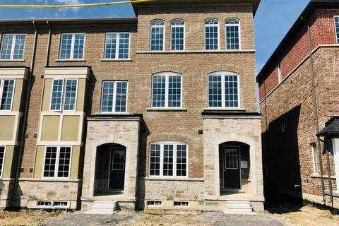 Townhouse for rent at 7 Mitchell Pl Newmarket Ontario - MLS: N4455285