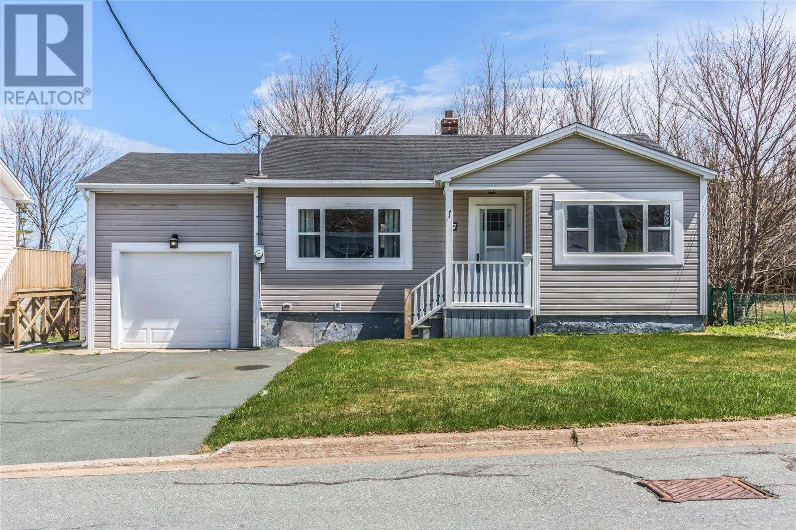 House for sale at 7 Penmore Dr Mount Pearl Newfoundland - MLS: 1213462