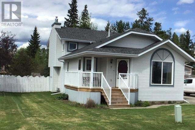 House for sale at 7 Pineview Rd Whitecourt Alberta - MLS: 52514