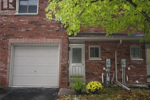 Townhouse for sale at 7 Quail Cres Barrie Ontario - MLS: 30694352