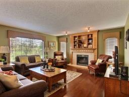 For Sale: 7 Roche Place, Beaumont, AB   3 Bed, 2 Bath House for $534,900. See 20 photos!
