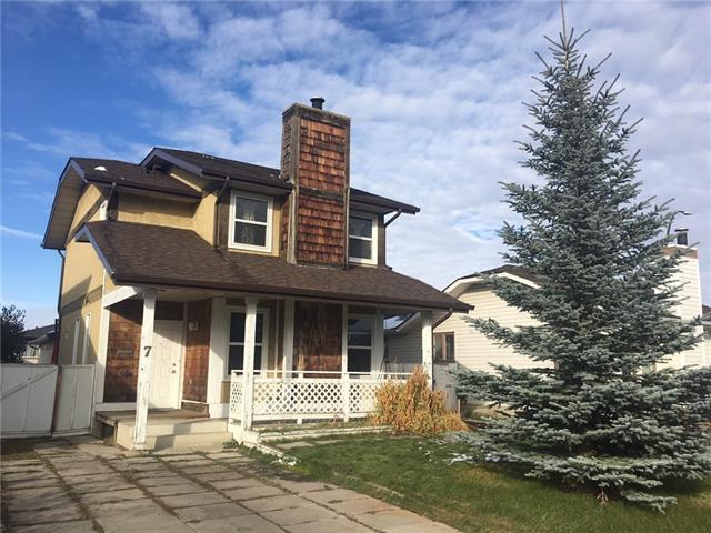 Sold: 7 Shawmeadows Place Southwest, Calgary, AB