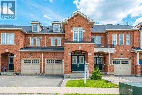Townhouse for sale at 7 Shelbourne Dr Vaughan Ontario - MLS: N4489956