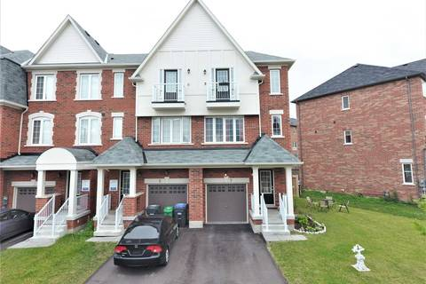 Townhouse for sale at 7 Sprucewood Rd Brampton Ontario - MLS: W4503809