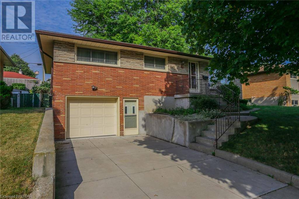 House for sale at 7 Stormont Dr London Ontario - MLS: 215182