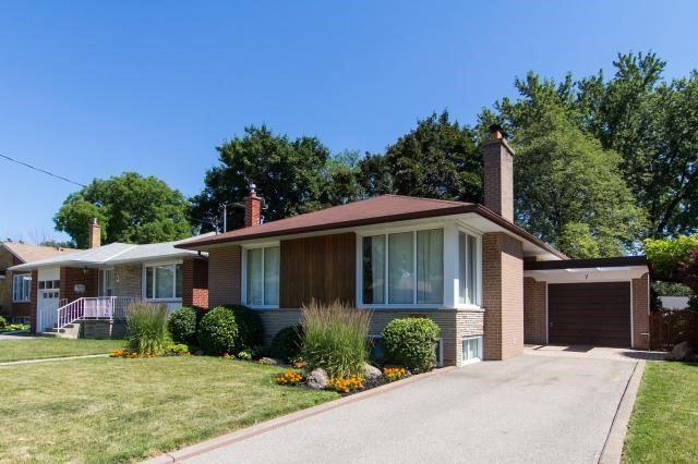 Sold: 7 Sturton Road, Toronto, ON