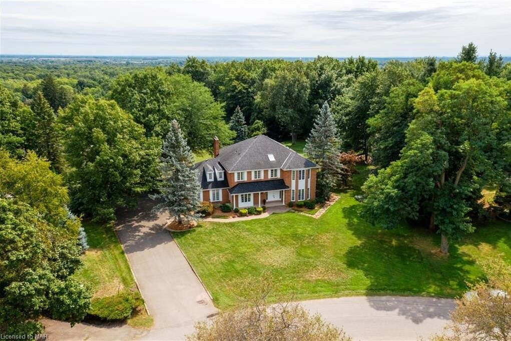 7 Terrace Heights Court, Fonthill   Image 2