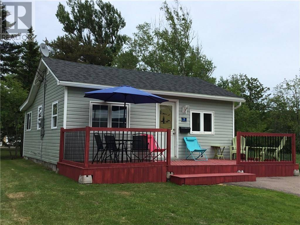 House for sale at 7 Third Ave Pointe Du Chene New Brunswick - MLS: M127913