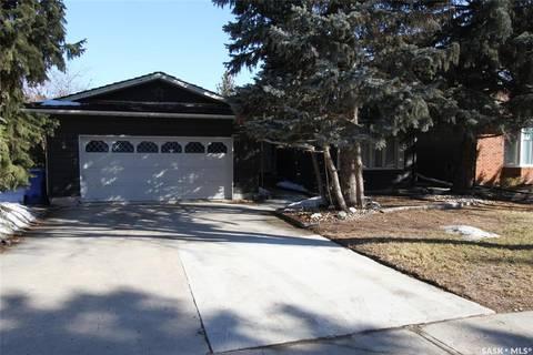 House for sale at 7 Trudeau By Regina Saskatchewan - MLS: SK764087