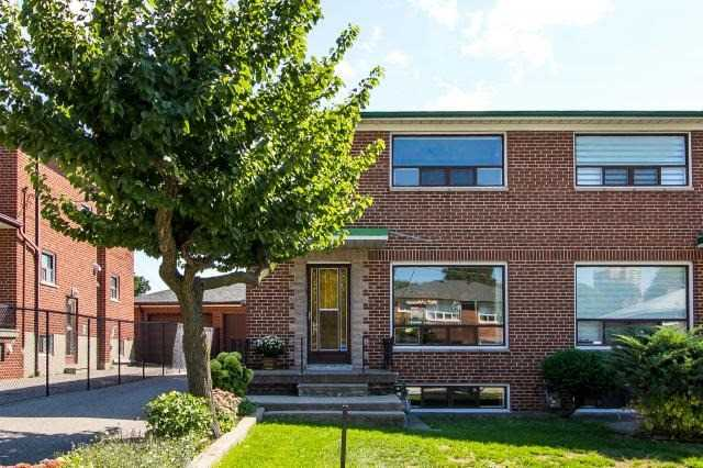 Sold: 7 Woodenhill Court, Toronto, ON
