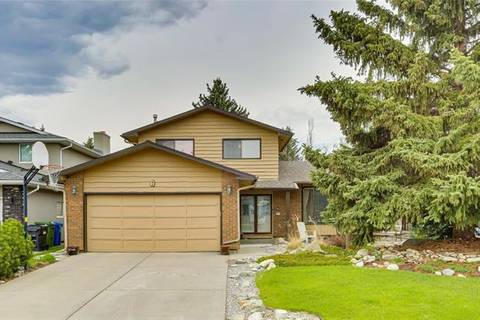 7 Woodgreen Crescent Southwest, Calgary | Image 1