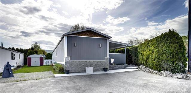 Buliding: 3381 Village Green Way, Westbank, BC