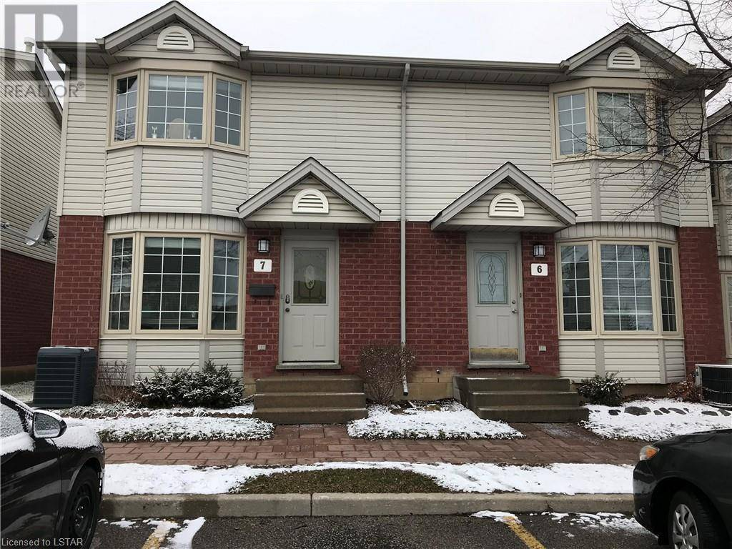 Townhouse for sale at 7 Chapman Ct Unit 70 London Ontario - MLS: 240102
