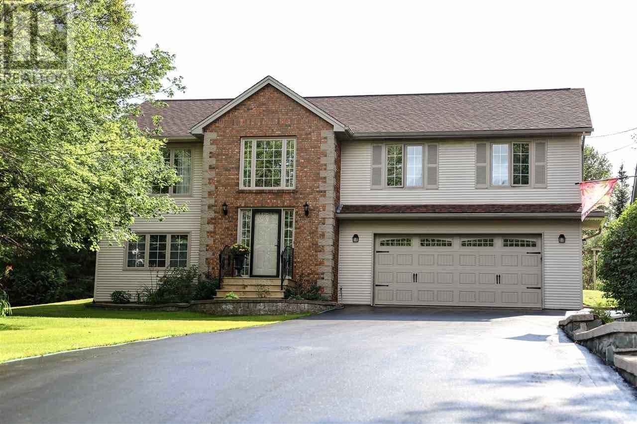House for sale at 70 Blue Forest Ln Hammonds Plains Nova Scotia - MLS: 202003872
