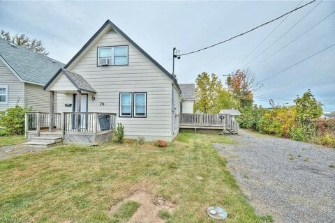 Home for sale at 70 Courtwright St Fort Erie Ontario - MLS: 40027051