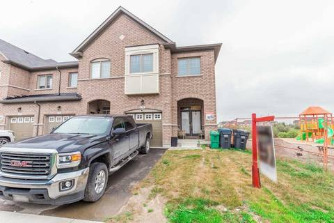 Townhouse for sale at 70 Davenfield Circ Brampton Ontario - MLS: W4577287