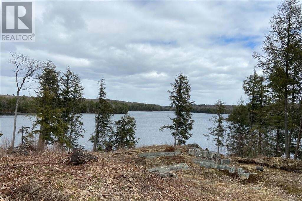 Home for sale at 70 Hogs Hollow Rd Parry Sound Muskoka Seguin Ontario - MLS: 258043
