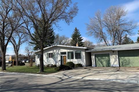 House for sale at 70 Lake St Regina Saskatchewan - MLS: SK768778