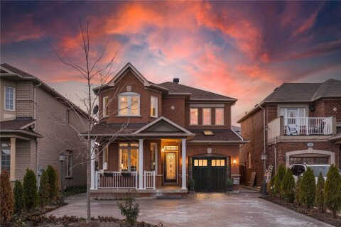 House for sale at 70 Legnano Cres Vaughan Ontario - MLS: N4995405