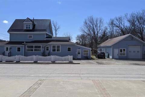 Commercial property for sale at 70 Lindsay St Kawartha Lakes Ontario - MLS: X4909988