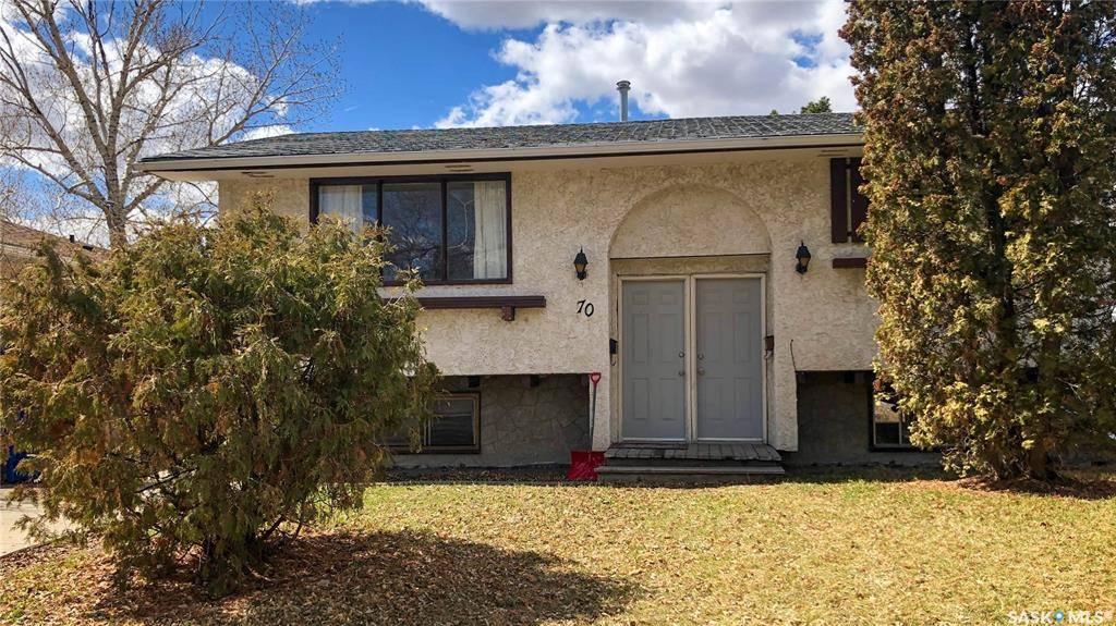 House for sale at 70 Magee Cres Regina Saskatchewan - MLS: SK789231